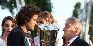 La premiazione dopo Petrarca Padova v Patarò Calvisano, finale scudetto 2018 di rugby